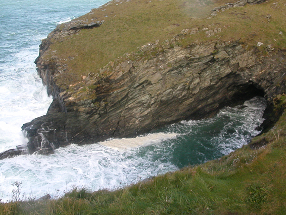 Between Trebarwith and Tintagel